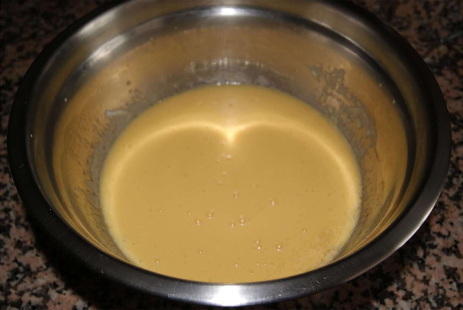 Receta de bizcocho de yogur tradicional paso 1