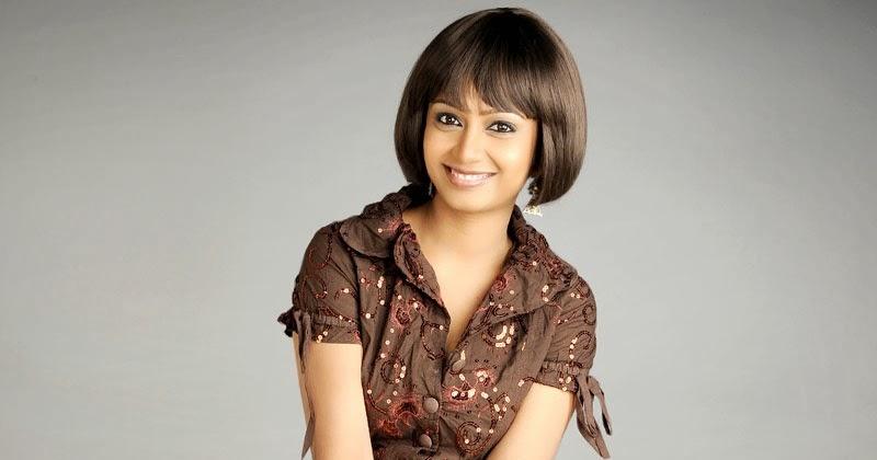 Indian Garam Masala: Priyanka Hot Sexy Navel Cleverage Bra