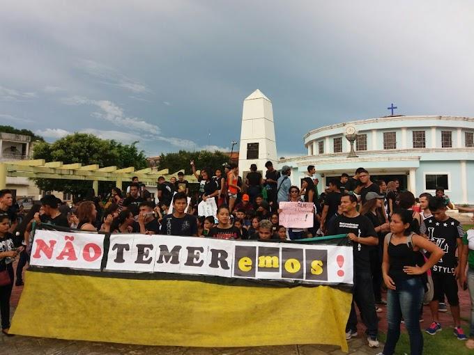 INTERIOR - Professores em Maués realizam protesto contra a Reforma da Previdência