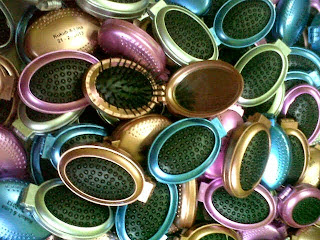 souvenir sisir jengkol,harga souvenir sisir jengkol,souvenir pernikahan sisir jengkol, souvenir pernikahan sisir kaca.