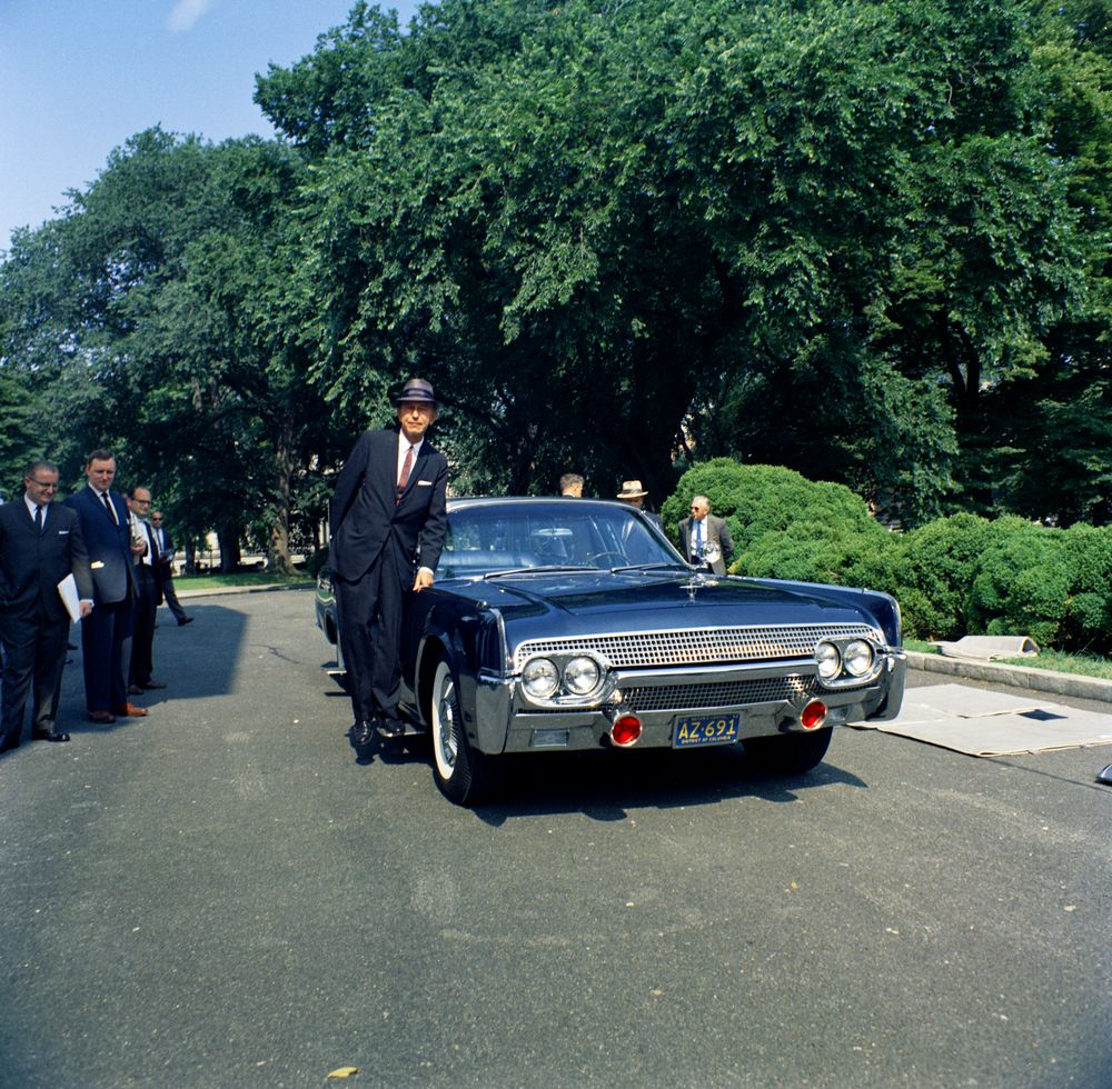 Looking For Images Of The Kennedy Car And The Queen Mary