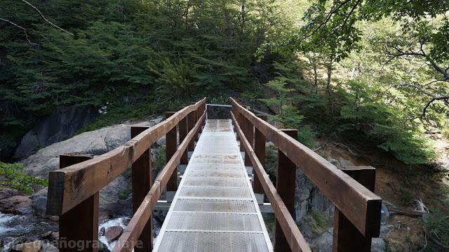 puente arroyo casa de piedra
