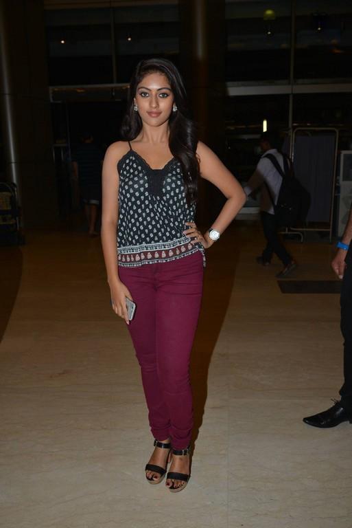 majnu heroine Anu emmanuel at Inorbit mall photos