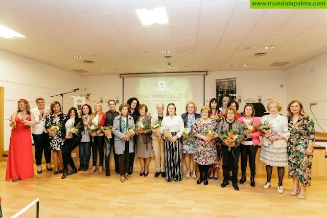 El Ayuntamiento de Los Llanos rinde homenaje a las Mujeres Destacadas del municipio