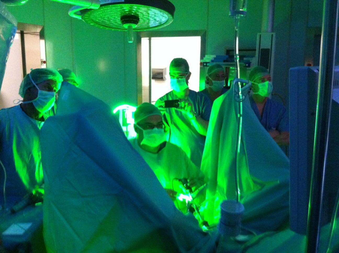 nueva maquinaria para el tratamiento del cáncer de próstata en ancona italia