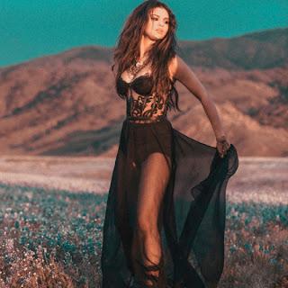 Selena Gomez - Come & Get It Music Video HD - 1080p