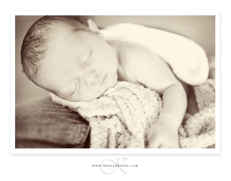 Jenelle kappe photography londyn ryan singer newborn photo shoot toms river nj 9 9 11