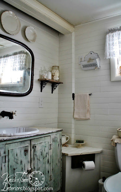 Farmhouse Bathroom Makeover . Knick Of Time
