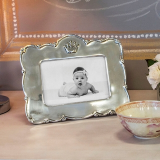 Beatriz Ball Baby Crown Frame