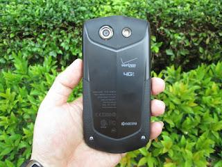 Hape Outdoor Kyocera Brigadier Baru RAM 2GB 4G LTE