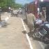 Popular sofre queda de moto na Avenida Joca Claudino em Cajazeiras