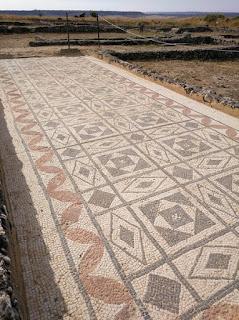 Mosaico en la Casa número 1 de Clunia