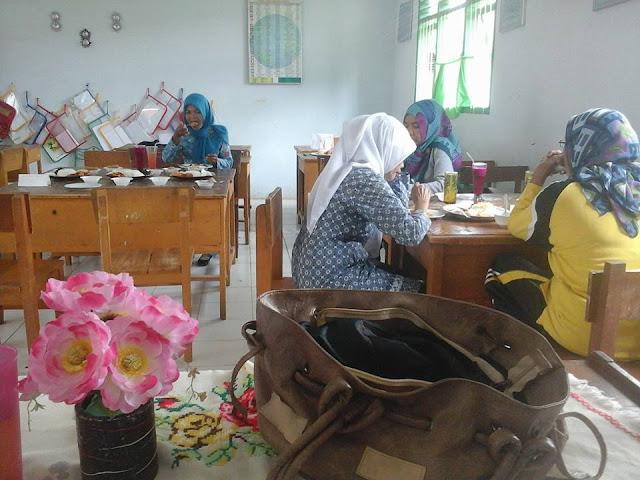 Pelaksanaan Praktek Memasak Kelas 6 Di SD Negeri 149/VIII Muara Tebo