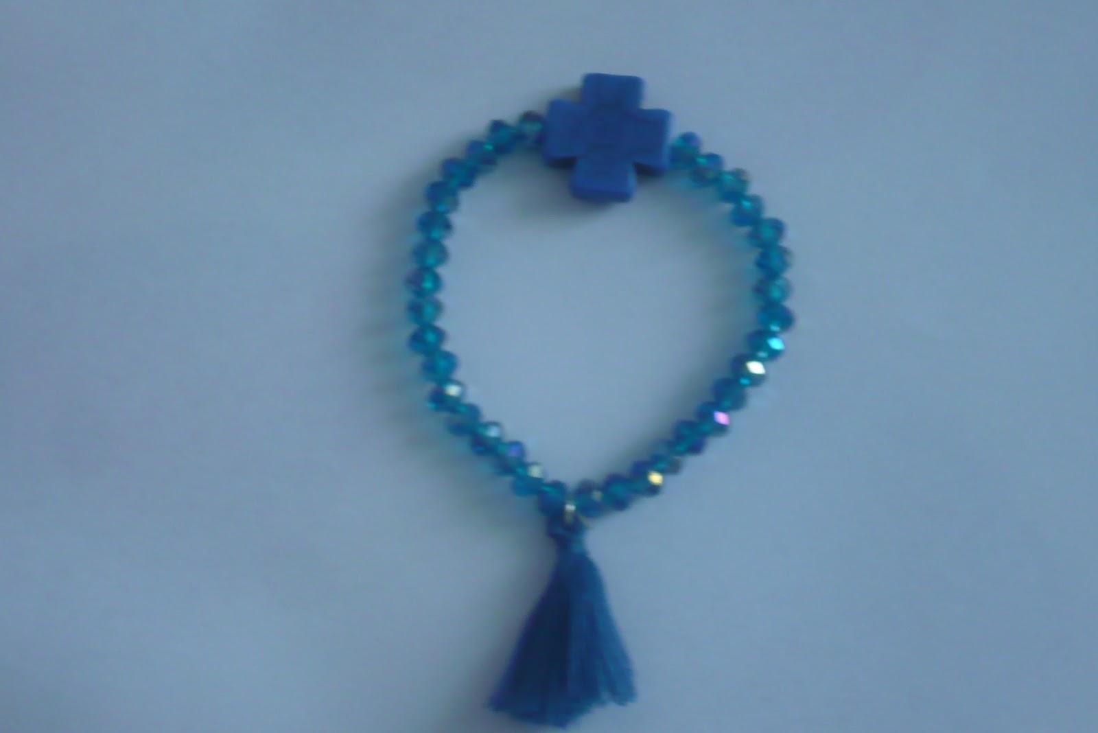87208921c4be La Fabrica De Las Cosas Bonitas: pulseras de moda cruz y hilos