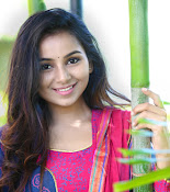 Mrudula Murali beautiful photo shoot-thumbnail-8