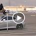 بالفيديو شاهد جندي سعودي يقفز قفزة إعجازية  متر ونصف في الهواء فوق سيارة بسرعة 70 كم شاهد كيف فعلها وكيف كان ردة فعل الحضور