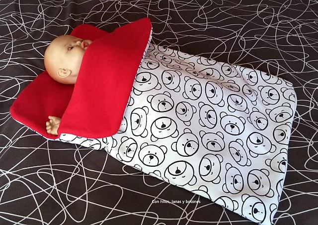 Con hilos, lanas y botones: Arrullo de osos con cremallera para bebé (patrón gratis de colours for baby)
