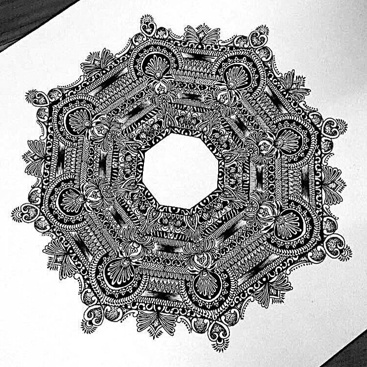 09-Complex-Angular-Shape-Aiman-Arastu-Mandalas-Drawings-and-More-Art-www-designstack-co