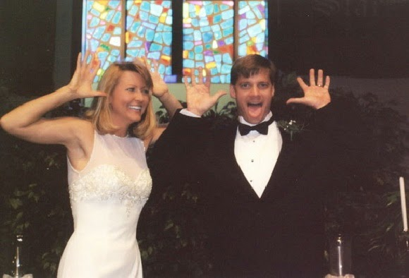 http://www.funmag.org/pictures-mag/funny-pictures/funny-wedding-28-photos/