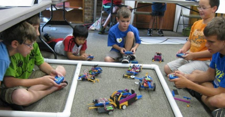 Mckinney mommas robotics summer camp robots 4 u for Summer camp northern california