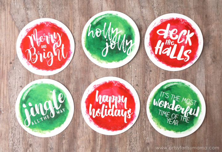 Free Printable Christmas Gift Tags at artsyfartsymama.com