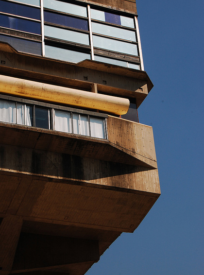 Cl sicos de la arquitectura biblioteca nacional clorindo for Biblioteca arquitectura