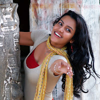 Sparkling and bonny Priya anand from 1234