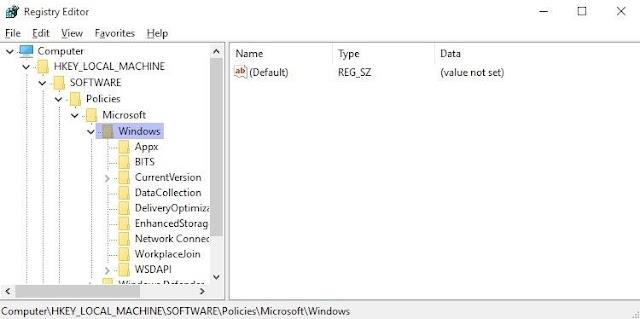 Menggunakan Registry Editor untuk Menonaktifkan Layar Kunci - 2