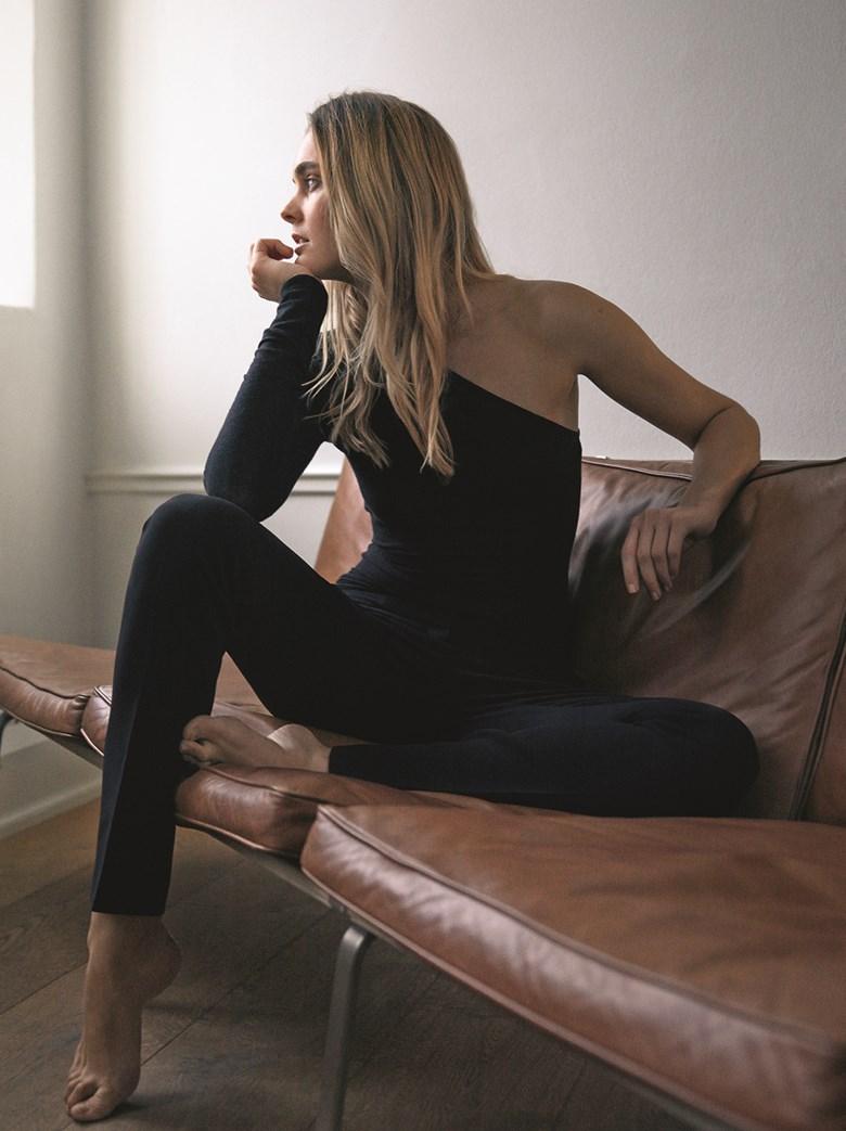 Poll jennifer lopez vs beyonce,Keke palmer paparazzi Hot picture Jennifer Lawrence Celebrates Her B Day With A Nude Vagina Pic,Candace smith