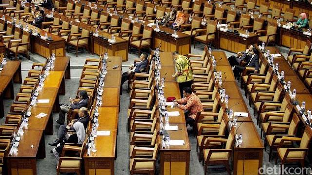 Politisi PDI-P: Semua Fraksi Sepakat Anggota DPR Tak Perlu Mundur Saat Maju Pilkada