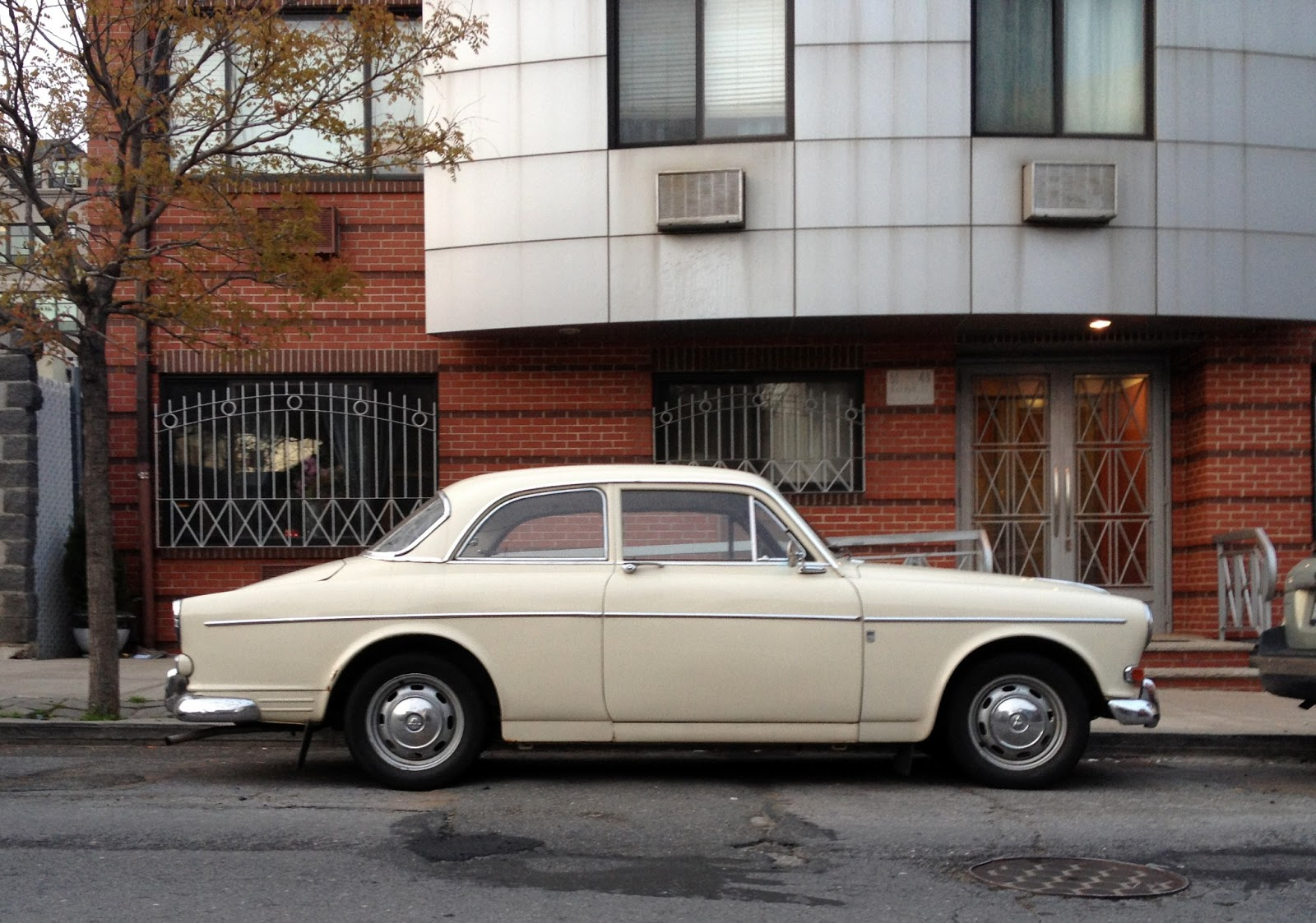 Cscb Home 1967 Volvo 122s Automatic Two Door Coupe