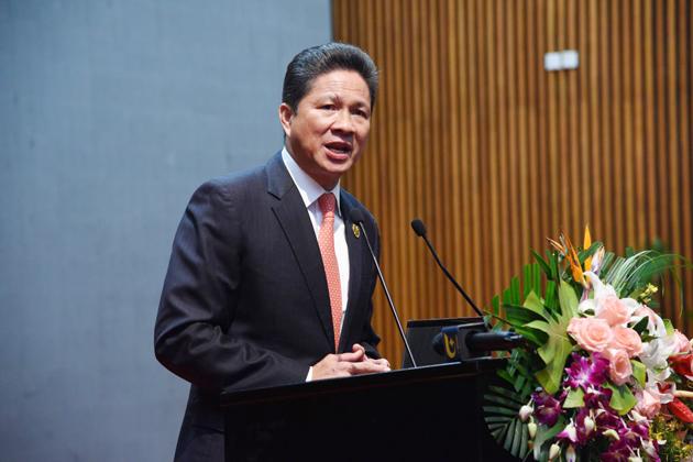 S.E Sun Chanthol, ministre des Travaux publics et des Transports