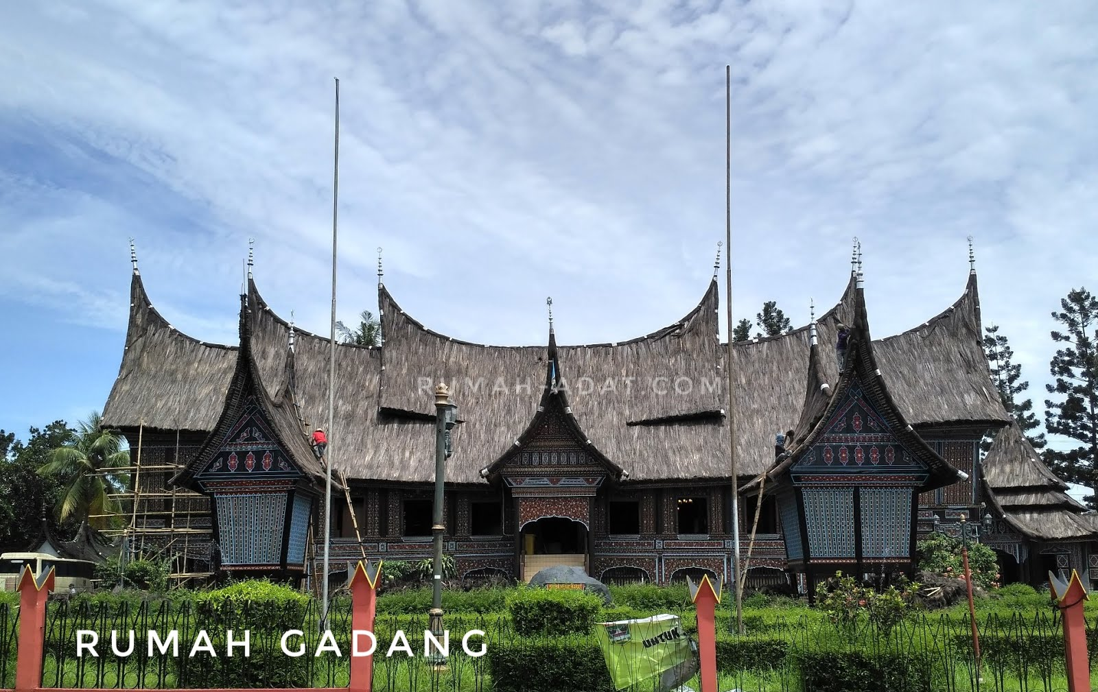 Kusus dewasa Gambar Animasi Rumah Adat Sumatera Barat
