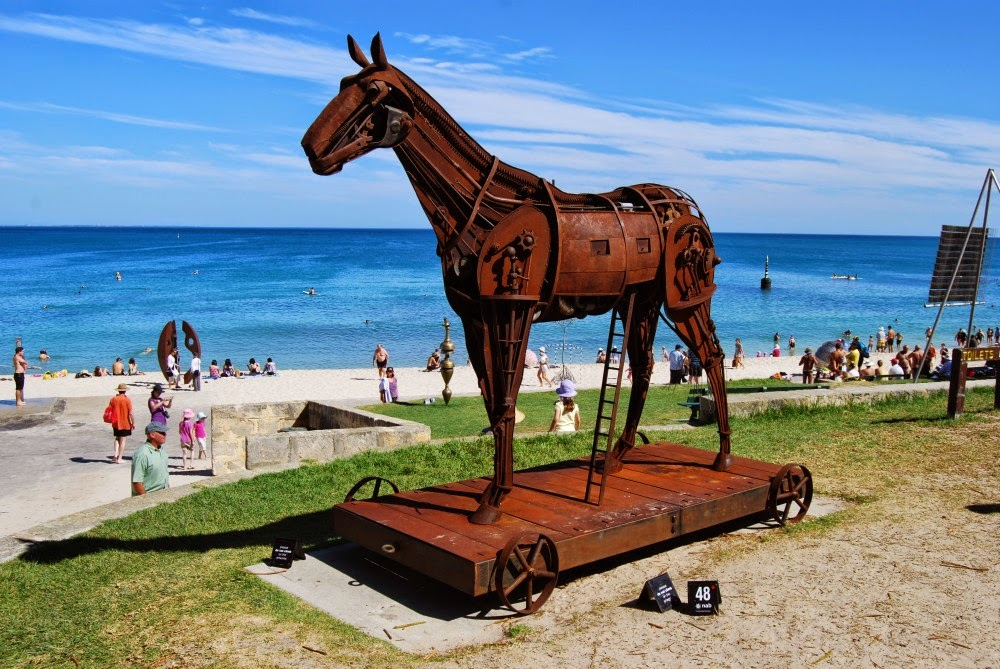 likeness in a change of scenery sculpture by the sea photo essay sculpture by the sea photo essay