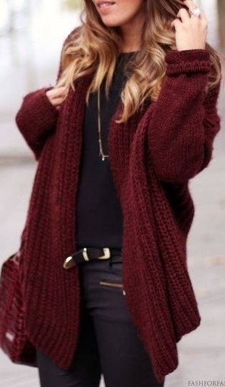 black and maroon cozy outfit : knit cardi + bag + top + pants