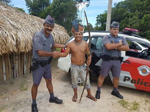 EQUIPES DA POLÍCIA MILITAR VISITAM ALDEAMENTO INDÍGENA EM CANANÉIA