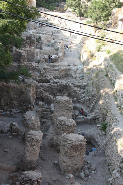 Genetic study suggests present-day Lebanese descend from biblical Canaanites