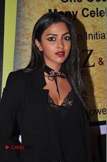 Actress Amala Paul Stills in Black Dress at South Scope Lifestyle Awards 2016 Red Carpet  0021.JPG