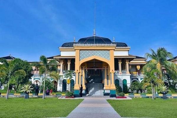 2 Hari di Medan, Kamu Bisa Kunjungi 10 Destinasi Ini!