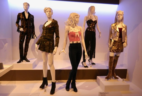 Pitch Perfect 3 film costumes