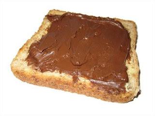 Perbedaan Antara Selai kacang dan Nutella