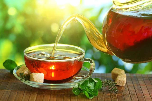 Buongiornolink - Bere il tè bollente aumenta il rischio di tumore all'esofago