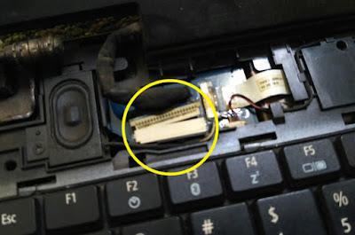 kabel konektor LCD