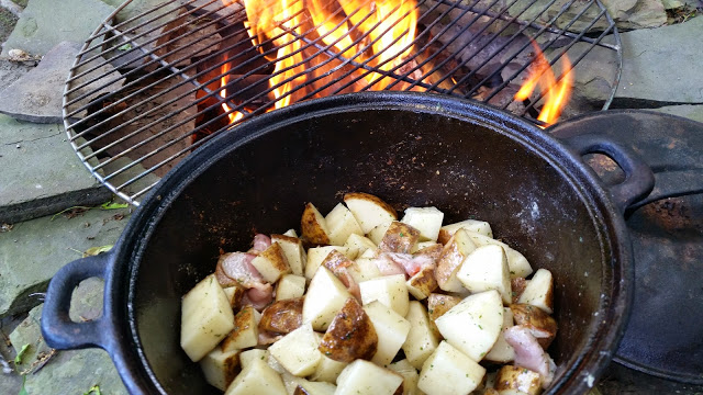 http://www.westernnewyorker.org/2015/07/recipe-ranchy-potatoes-campfire.html
