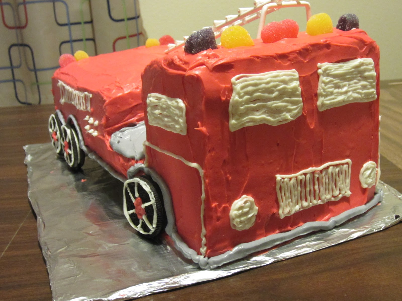 How To Make A Firetruck Cake