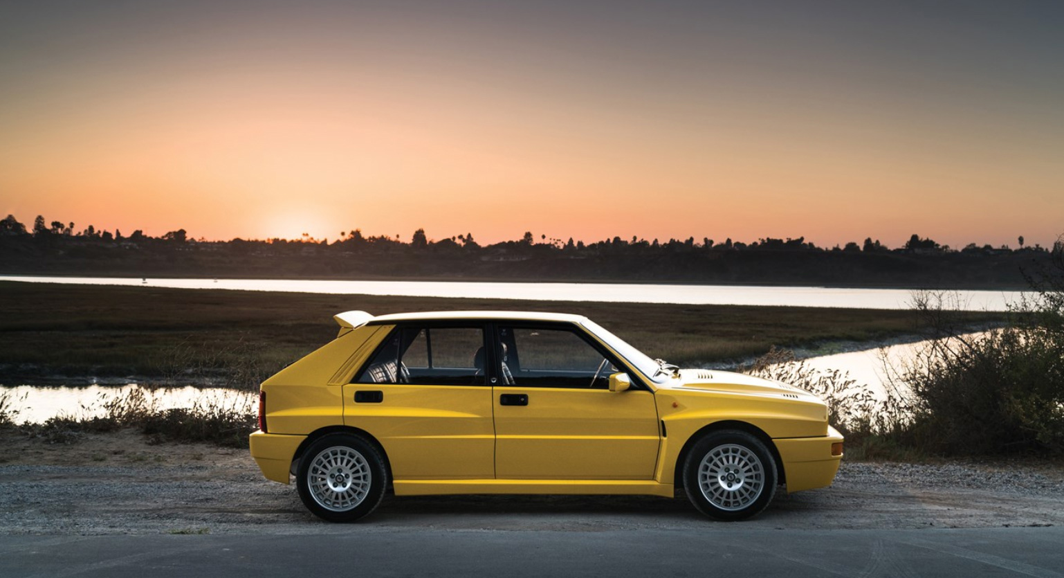 yellow lancia delta hf intergrale evoluzione to be sold without reserve. Black Bedroom Furniture Sets. Home Design Ideas