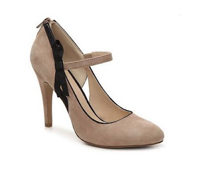 Nine west nude mary jane heels with black bow