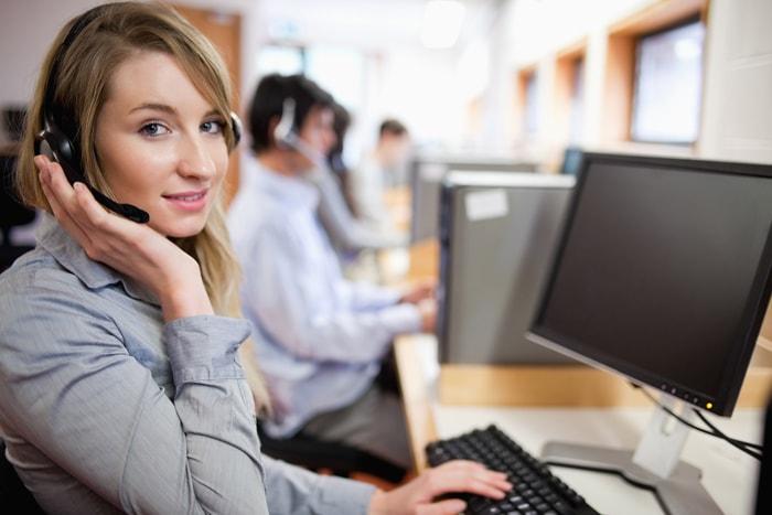 Clínica de Olhos contrata Operador de Telefonia no Rio de Janeiro