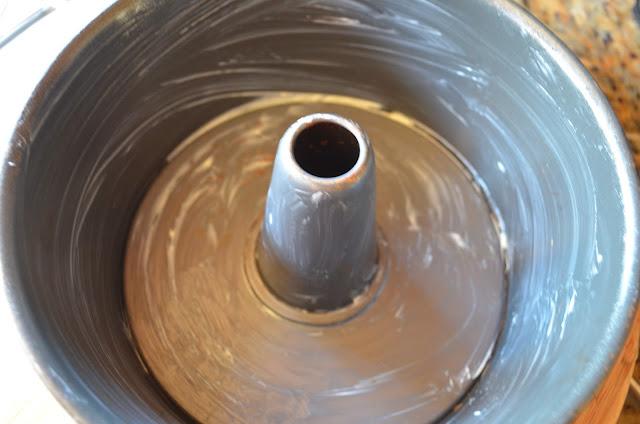 Cinnamon-Crumb-Coffee-Cake-Grease-Tube-Pan.jpg