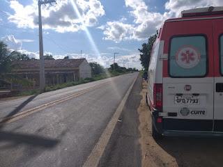 Três pessoas ficam ferida em acidente na BR 104 em Cuité, entre as vítimas uma criança de um ano e sete meses